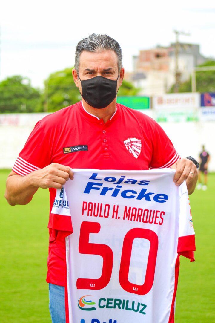 Paulo Henrique Marques, o comandante do Rubro