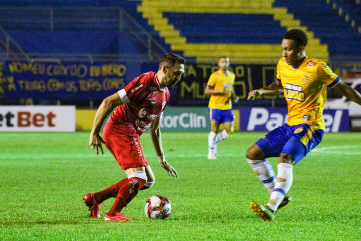 São Luiz empata com o Pelotas fora de casa e se mantém entre os líderes do Gauchão
