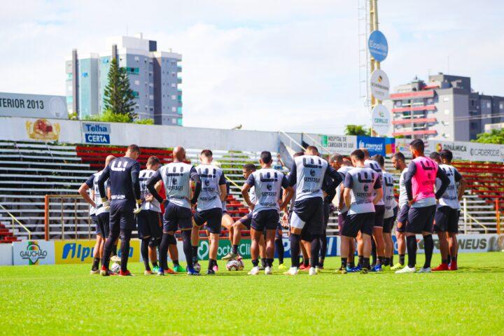 São Luiz prepara equipe para confrontos com Esportivo e Caxias